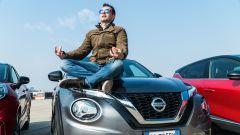 Nissan Juke e Alessandro Perelli in un momento di elevazione spirituale