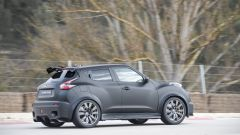 In pista con la Nissan Juke-R 2.0 - Immagine: 7