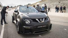 In pista con la Nissan Juke-R 2.0 - Immagine: 24