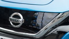 Nissan Leaf e+ Tekna: il logo Nissan