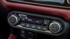 Nissan Micra 2017: 6 altoparlanti di cui 2 incorporati nel poggiatesta del conducente