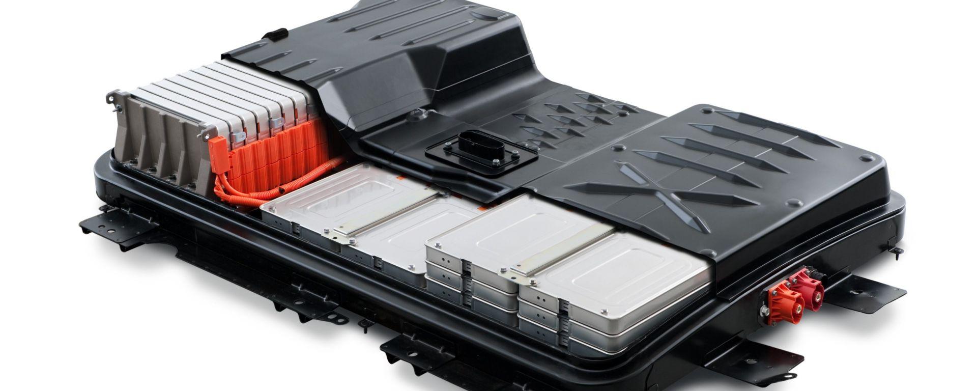Nissan: monossido di silicio amorfo per batterie al top