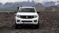 Nissan Navara Off-Roader AT32: visuale frontale