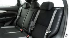 Nissan Qashqai 1.3 DIG-T N-Tec Start: il divanetto posteriore