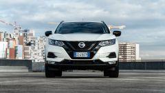 Nissan Qashqai 1.3 DIG-T N-Tec Start: una vista frontale del crossover