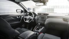 Nissan Qashqai N-TEC: gli interni