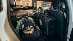 Nissan Re-Leaf: via i sedili posteriori per far spazio alle attrezzature