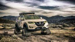 Nissan Rogue Trail Warrior Project ha cingoli prodotti dall'americana Dominator
