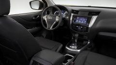 Nissan Terra: gli interni