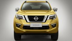 Nissan Terra: vista frontale