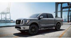 Nissan Titan: vista laterale