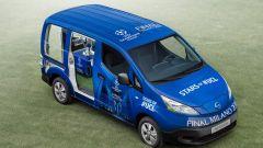 Nissan: una e-NV200 per scortare il trofeo della Champions League - Immagine: 10