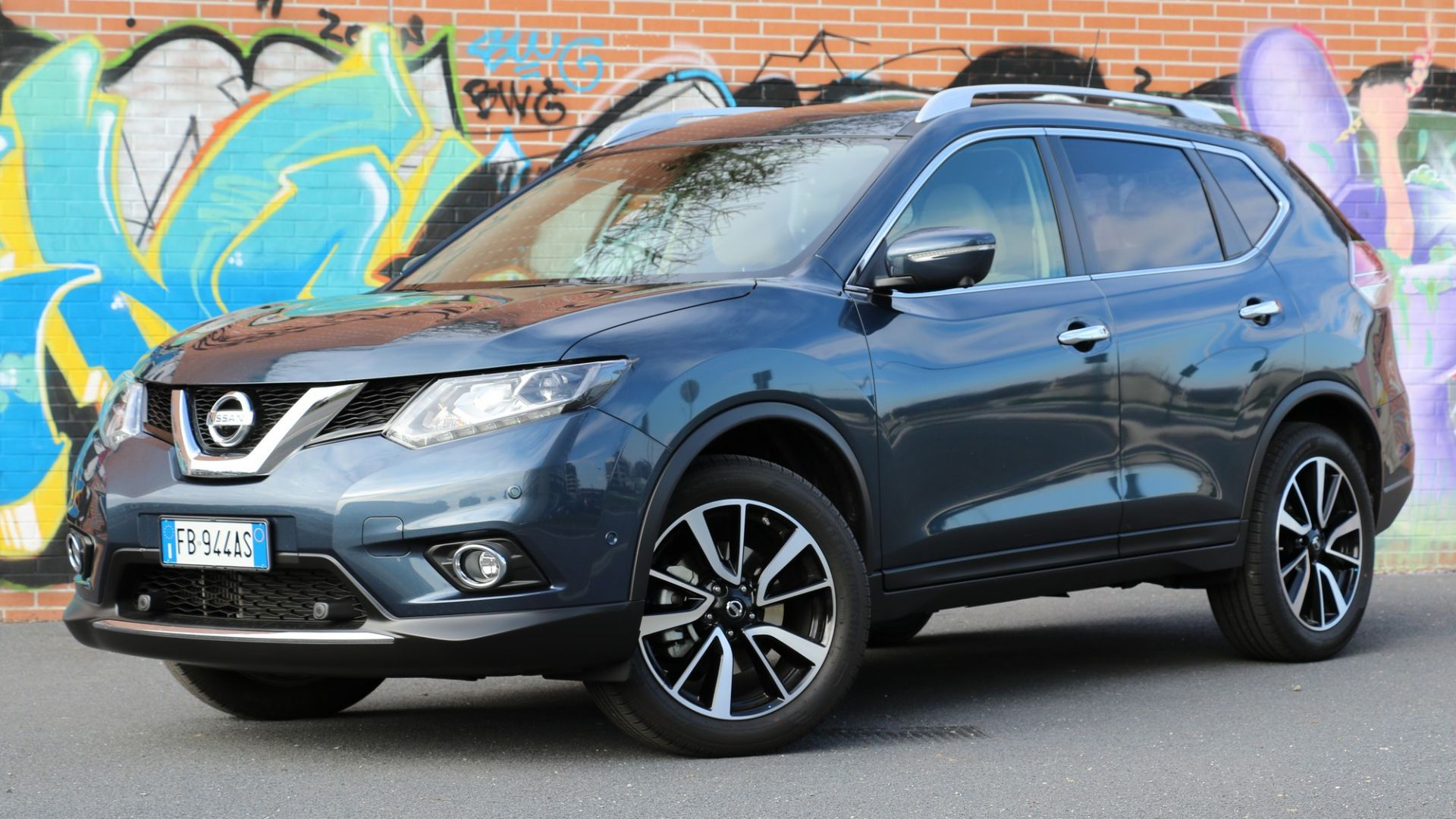 test drive nissan x trail 1 6 dci 2wd motorbox. Black Bedroom Furniture Sets. Home Design Ideas