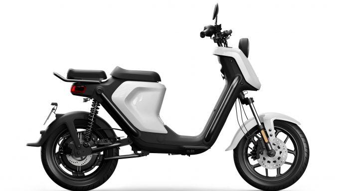 Niu UQi GT 2020 nella colorazione bianca