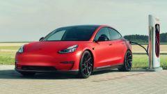 Novitec Tesla Model 3 in ricarica