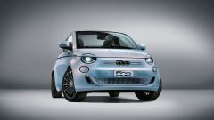 Nuova 500 elettrica cabriolet: visuale anteriore