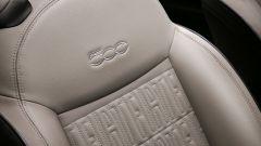 Nuova 500 elettrica: particolare degli schienali dei sedili