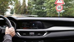 Alfa Romeo Stelvio 2020, il MY20 alla prova su strada - Immagine: 8
