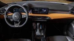 Nuova Alfa Romeo Tonale: una vista della plancia con il tablet a centro plancia