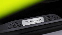 Nuova Aston Martin V8 Vantage: in video dal Salone di Ginevra 2018 - Immagine: 26