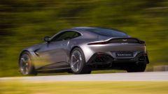 Nuova Aston Martin V8 Vantage: in video dal Salone di Ginevra 2018 - Immagine: 30