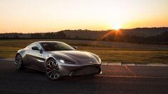 Nuova Aston Martin V8 Vantage: in video dal Salone di Ginevra 2018 - Immagine: 35