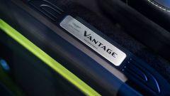 Nuova Aston Martin V8 Vantage: in video dal Salone di Ginevra 2018 - Immagine: 42