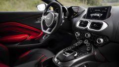 Nuova Aston Martin V8 Vantage: in video dal Salone di Ginevra 2018 - Immagine: 59