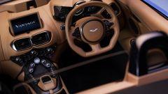 """Aston Martin Vantage Roadster, topless per la """"baby Aston"""" - Immagine: 8"""