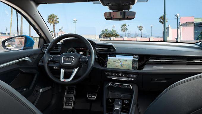 Nuova Audi A3 Sportback: l'abitacolo