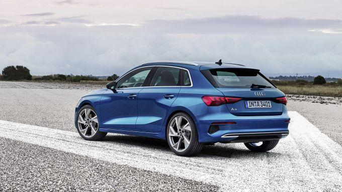 Nuova Audi A3 Sportback: lo stile cambia, ora è più sportivo