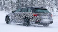 Nuova Audi A4 Avant 2020: vista 3/4 posteriore