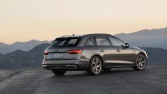 Nuova Audi A4 Avant 2020: vista posteriore