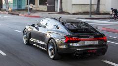Nuova Audi e-tron GT: una vista dal 3/4 posteriore