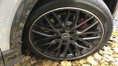 Nuova Audi Q2: i cerchi in lega leggera neri da 19