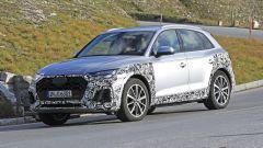Nuova Audi Q5: il nuovo taglio di calandra e fari anteriori