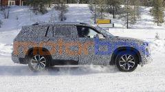 Nuova Audi Q9, spiato il maxi SUV che ha BMW X7 nel mirino - Immagine: 7