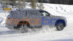 Nuova Audi Q9, spiato il maxi SUV che ha BMW X7 nel mirino - Immagine: 8
