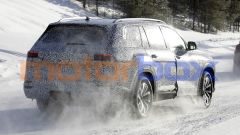 Nuova Audi Q9, spiato il maxi SUV che ha BMW X7 nel mirino - Immagine: 12