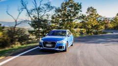 Nuova Audi RS 3 Sportback 2017 durante la prova su strada