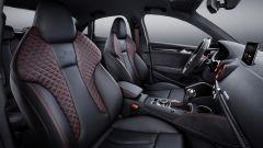 Nuova Audi RS3 Sedan 2017: i sedili anteriori