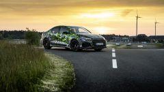 Nuova Audi RS3 Sedan 2021: visuale di 3/4 anteriore