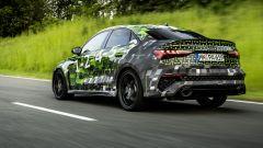 Nuova Audi RS3 Sedan 2021: visuale di 3/4 posteriore