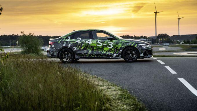 Nuova Audi RS3 Sedan 2021: visuale laterale