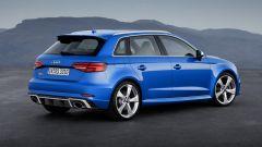 Nuova Audi RS3 Sportback 2017: vista 3/4 posteriore