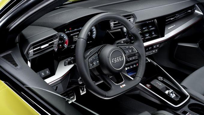 Nuova Audi S3 Sportback: volante e Audi Virtual Cockpit