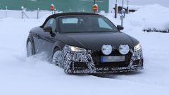 Nuova Audi TT Roadster 2019: le prime foto spia - Immagine: 2