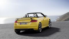 Nuova Audi TT RS: 400 cv possono bastare? - Immagine: 27