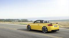 Nuova Audi TT RS: 400 cv possono bastare? - Immagine: 31