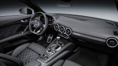 Nuova Audi TT RS: 400 cv possono bastare? - Immagine: 45